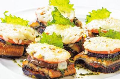 ⑥【洋】鰻と茄子のチーズ焼き ミルフィーユ仕立て