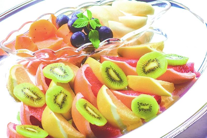 ⑰ フルーツ盛合せ