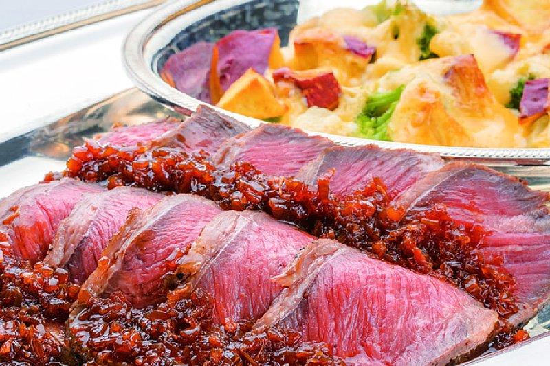 ローストビーフ 温野菜の3種チーズ焼き