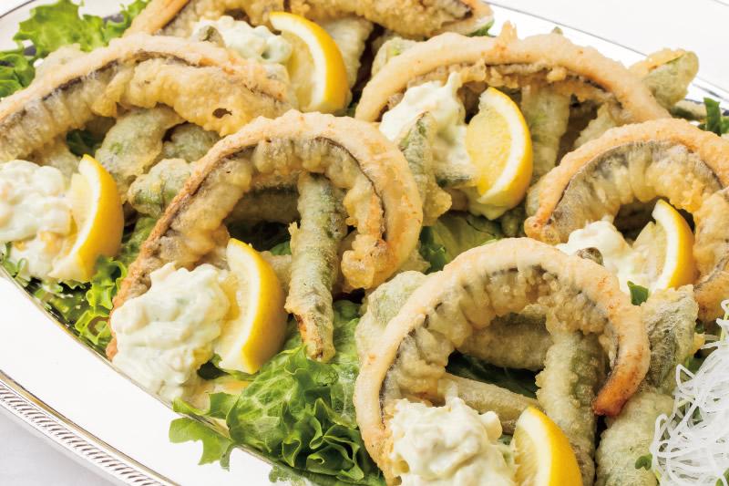 ⑦ 穴子と夏野菜のフリット アボガド&コーンのタルタル添え