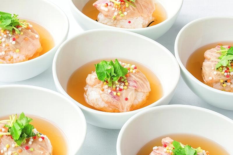 ⑮【和】鯛茶漬け 胡麻醤油仕立て