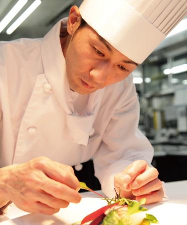 """ホテルブエナビスタ10人のシェフによる""""情熱とこだわり""""の料理教室 第5回【洋食】中島シェフによる 「魚料理で学ぶフレンチ基本のテクニック」(9/15)"""