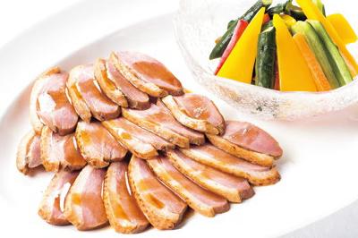 ⑤【中】鴨ロース山椒風味 夏野菜の甘酢添え