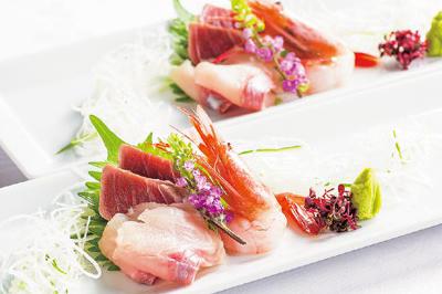 ⑩【和】お造り三点盛り 鮪霜造り・海老・大岩魚