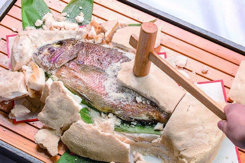 鯛塩釜焼通常価格 11,880円/1台 特別価格10,000/1台