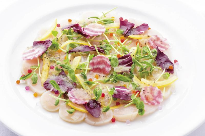 2.前菜(洋) 帆立のミキュイ カルパッチョ仕立て キウイフルーツのドレッシング