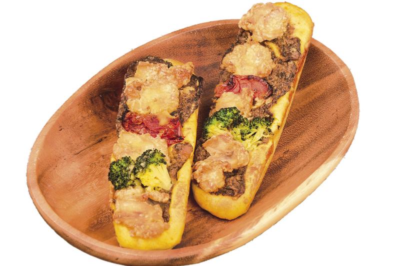 ホテルショップ&ペストリー「パセオ」チキンカレーパン
