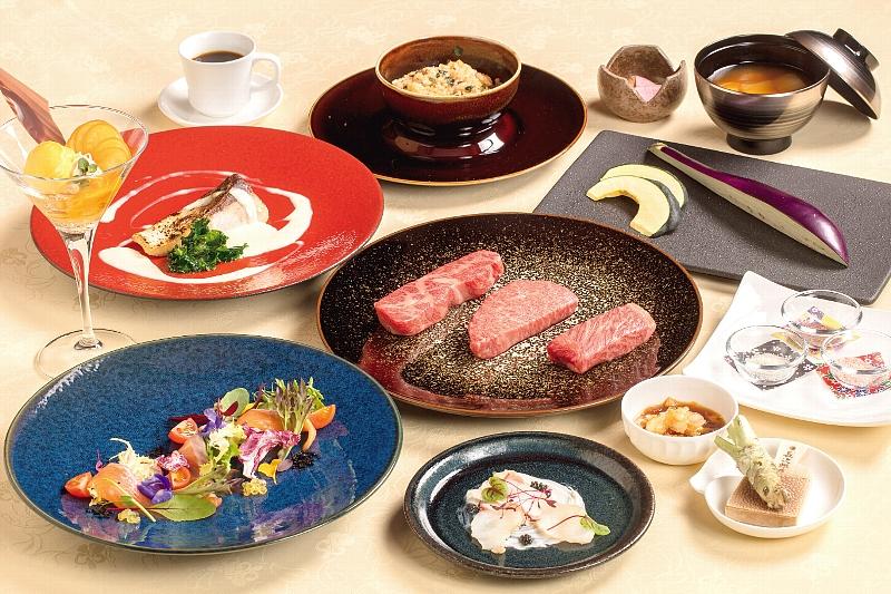 鉄板焼きソルプレーサからは選び抜かれた宮崎の山海の幸が贅沢に堪能できる「特別鉄板焼きコースMIYAZAKI」