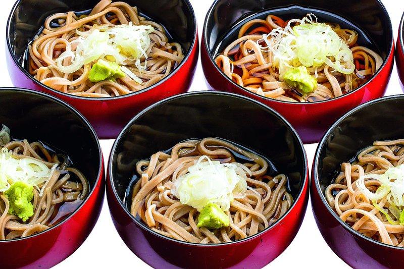 蕎麦通常価格 594円/1名様 特別価格 500円/1名様